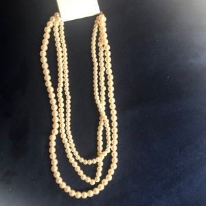 Forever 21 Jewelry - Forever 21 pearl necklace